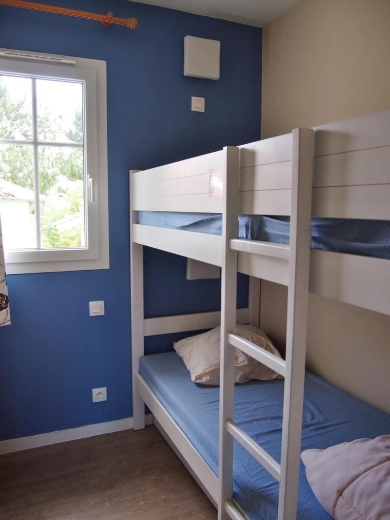 Le petit verdot 24 for Chambre avec lit superpose